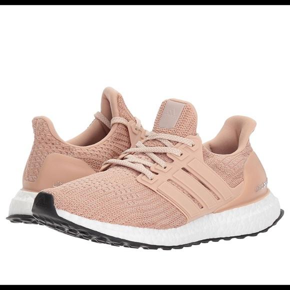 le adidas donne ultraboost scarpa da corsa, ash pearl poshmark